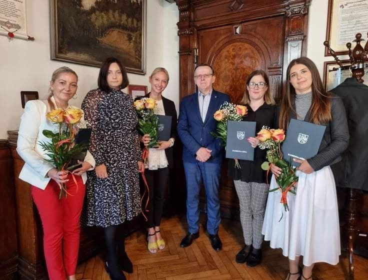 Kamienna Góra: Awans nauczycielek