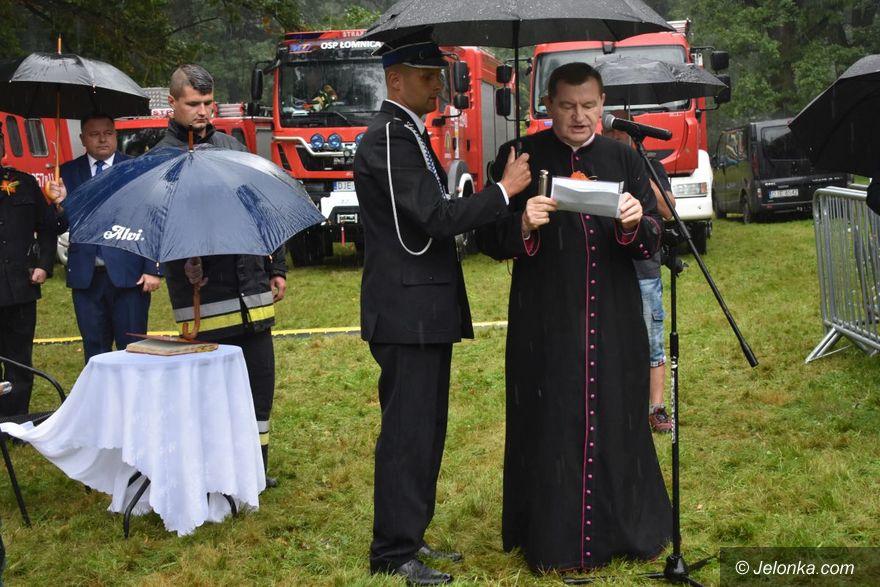Łomnica: Sztandar dla strażaków