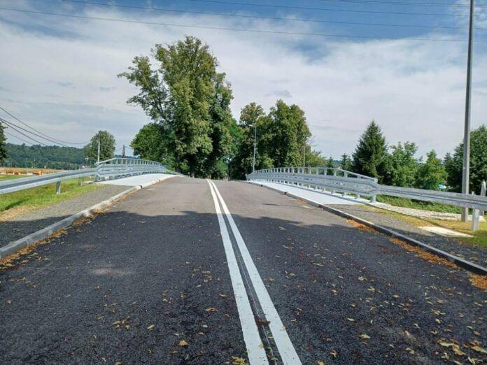 Lwówek Śląski: Most jest, chodnika brak