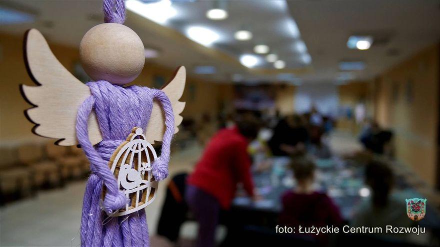 Lubań: Warsztaty z aniołami