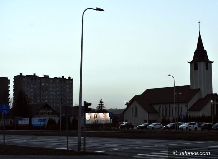 Jelenia Góra: Co z tymi latarniami?