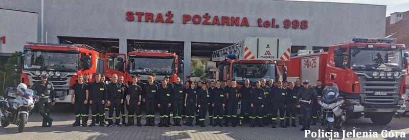Jelenia Góra: Policjanci szkolili strażaków ochotników
