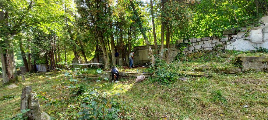 Szklarska Poręba: Polsko – niemieckie sprzątanie nekropolii