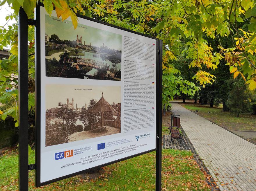 Lwówek Śląski: Tablice dla turystów
