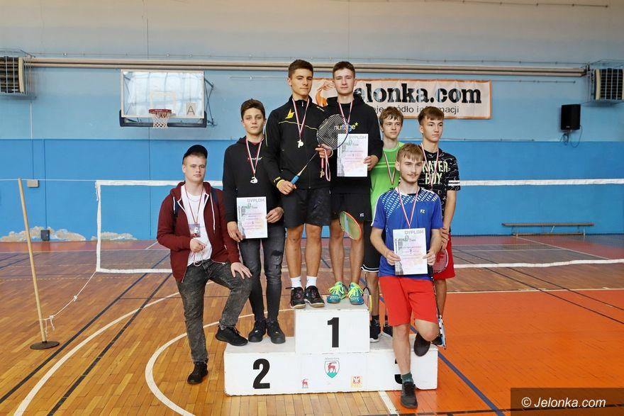 Jelenia Góra: Szkolni mistrzowie w badmintonie