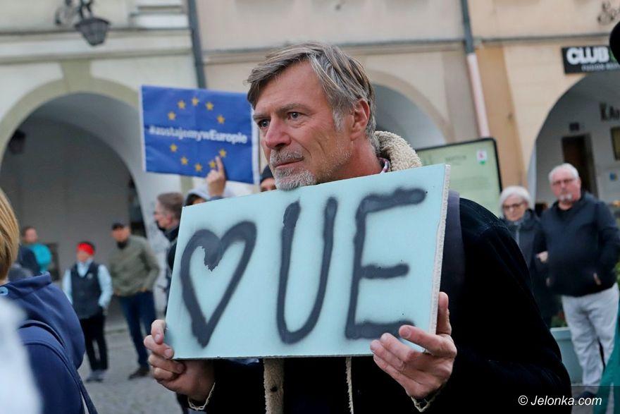 Jelenia Góra: Wiec poparcia dla Unii Europejskiej