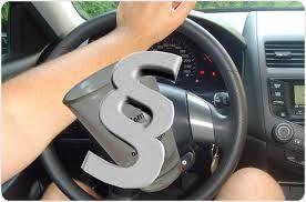 Jelenia Góra: Ukradł kluczyki, potem auto
