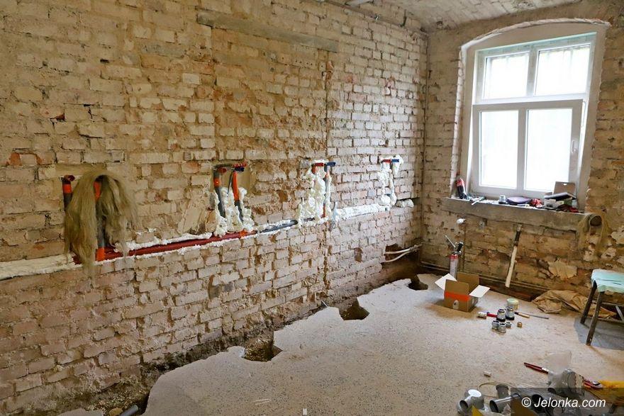 Jelenia Góra: Trwa remont w Domu Harcerza