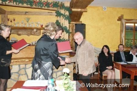 REGION, Walim: Nowi przyjaciele Walimia