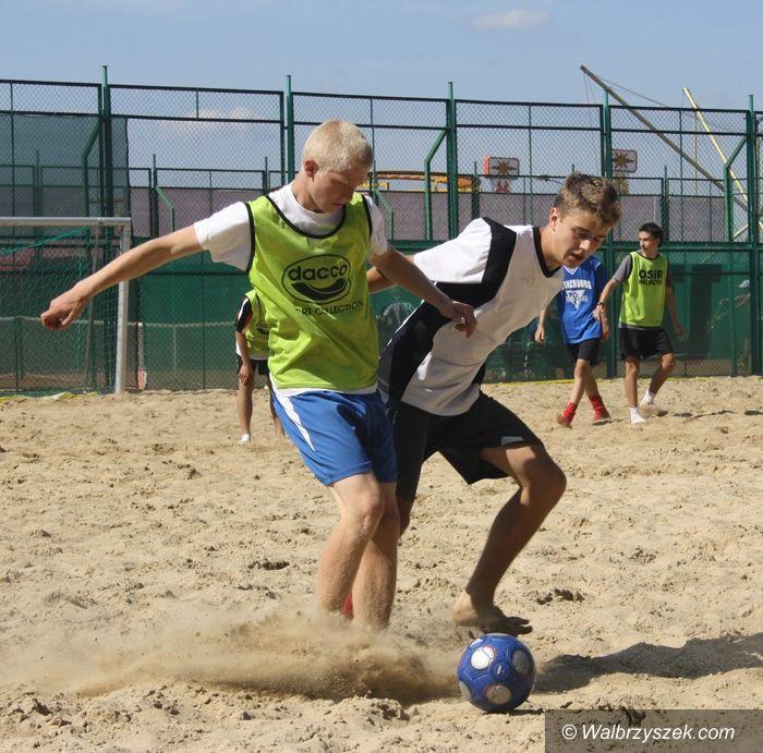 Wałbrzych: Białka najlepsza w turnieju Beach Soccer Cup