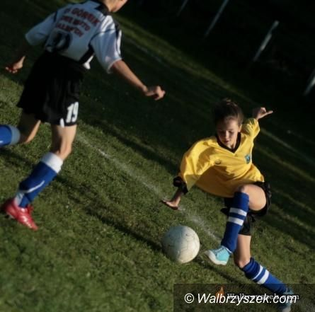 REGION: Kobiety zagrają w piłkę nożną w pucharach