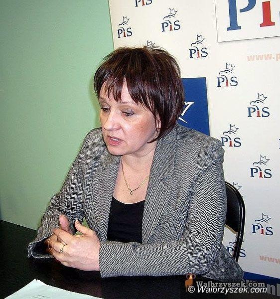 Wałbrzych: Anna Zalewska odsłoniła karty i przedstawiła program wyborczy