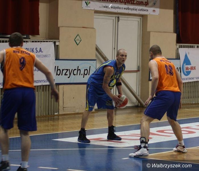 Wałbrzych: W październiku derby Wałbrzycha w koszykówce