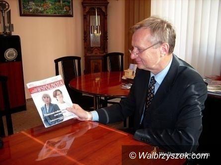 REGION, Jedlina-Zdrój: Burmistrz Jedliny–Zdroju otrzymał medale