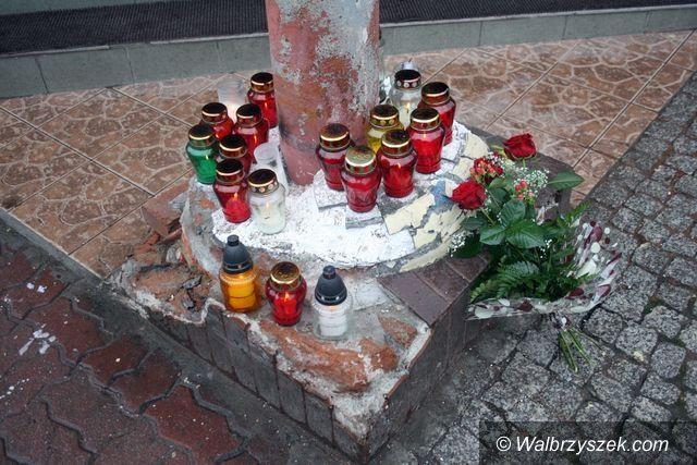 Wałbrzych: Cześć Pamięci Piotra. Rodzina dziękuje uczestnikom piatkowego pogrzebu