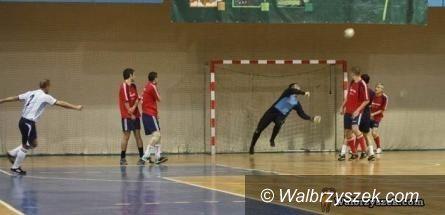 Wałbrzych: W Ronal Cup rozegrali zaległy mecz