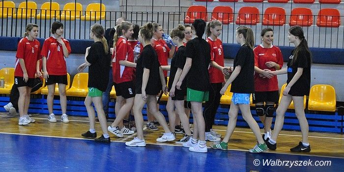 Wałbrzych: Półfinały siatkarskiej gimnazjady