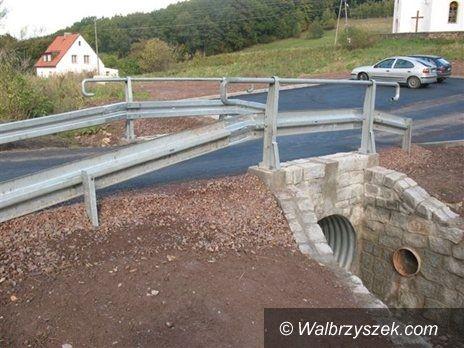 REGION, Walim: Coraz lepsze drogi i mosty w gminie Walim