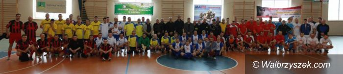 Walim: Strażacy też grają w piłkę nożną