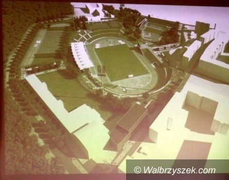 Wałbrzych: Minister Mucha nie wyklucza dofinansowania remontu stadionu na Nowym Mieście