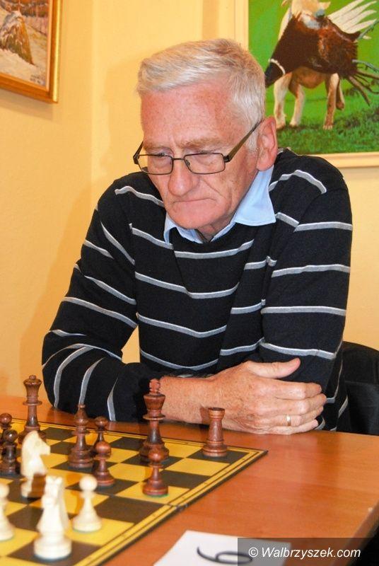 Kamienna Góra: Jan Stoop wygrał turniej szachowy seniorów w Kamiennej Górze