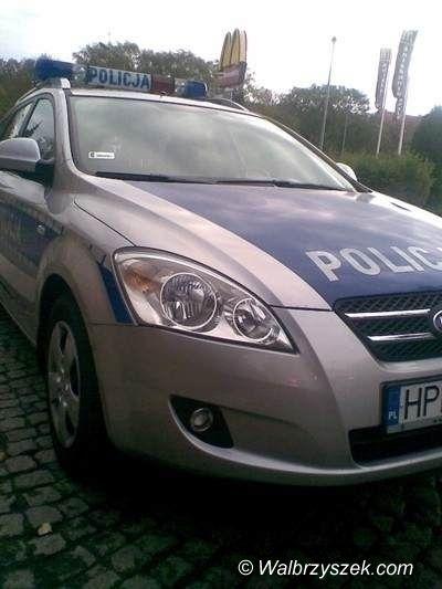 Wałbrzych: Zatrzymani za kradzież starych samochodów