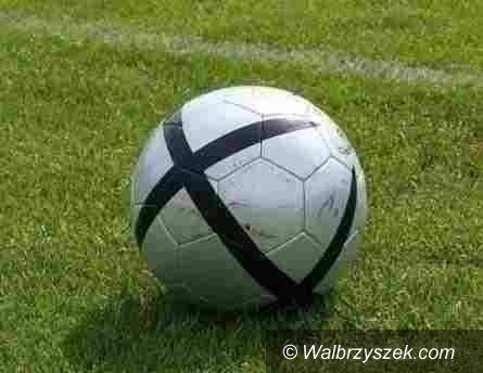 REGION: Piłkarska klasa okręgowa: MKS o krok od sukcesu