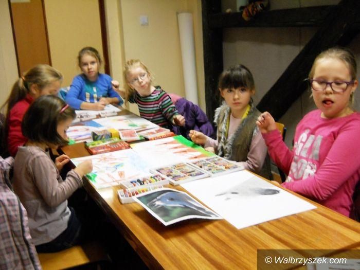 REGION, Jedlina Zdrój: Postępy uczestników zajęć plastycznych