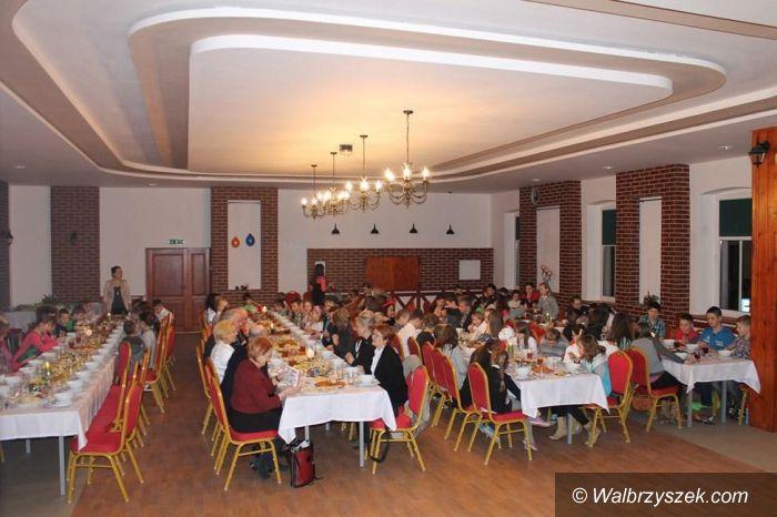 Region: Spotkanie świąteczne z dziećmi ze świetlic w Witkowie