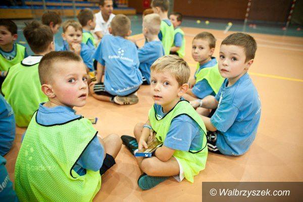 Wałbrzych: Piłka nożna dla 4–5 latków z Football Academy