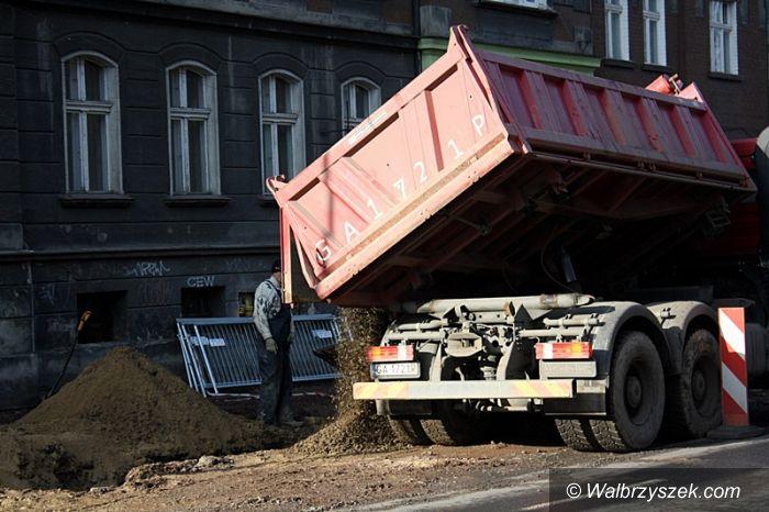 Wałbrzych: Remontów dróg ciąg dalszy
