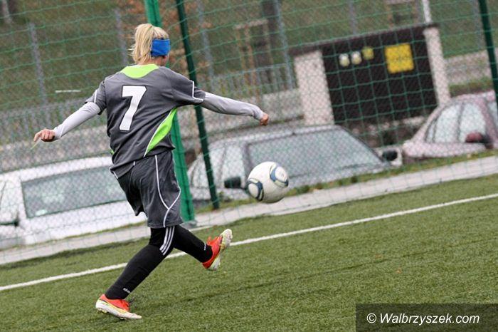 Wałbrzych: Piłkarki Aglomeracji na turnieju w Grodzisku
