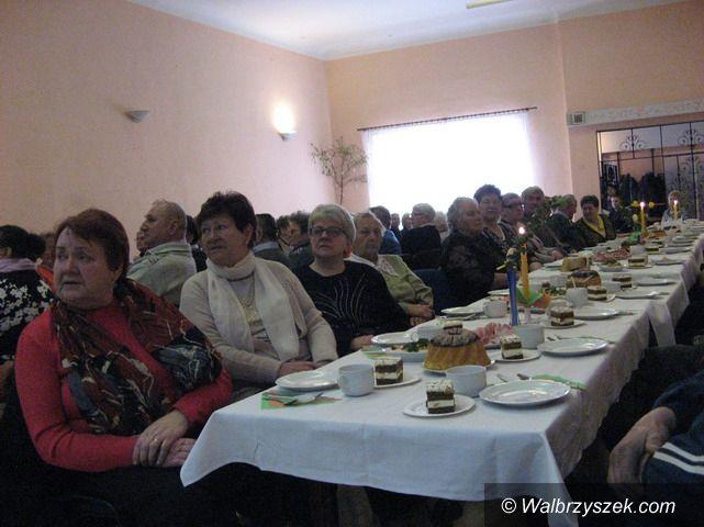 Region: Świebodzice: Świąteczne spotkanie u seniorów
