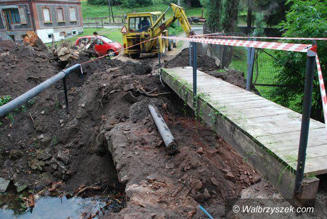 Głuszyca: Rozpoczęto odbudowę kolejnego mostu w Głuszycy Górnej