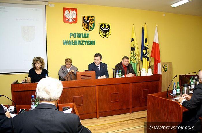 powiat wałbrzyski: Spór o drogę Walim–Rzeczka