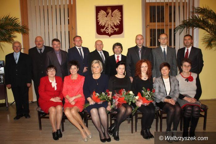 REGION, Boguszów-Gorce: Obrady I inauguracyjnej Sesji Rady Miejskiej w Boguszowie–Gorcach