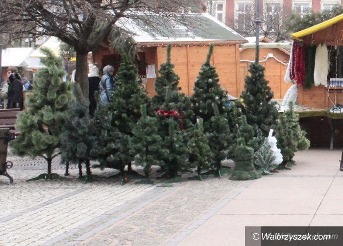 Wałbrzych: Trwa Jarmark Świąteczny na wałbrzyskim Rynku