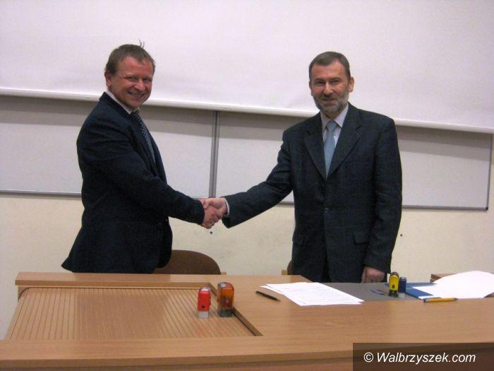 Wałbrzych: Współpraca patronacka III Liceum i Uniwersytetu Wrocławskiego