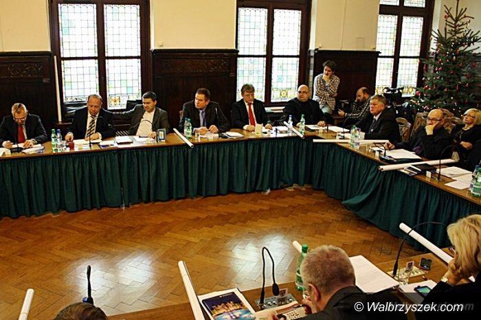 Wałbrzych: Gmina wyemituje obligacje i wykupi wierzytelności