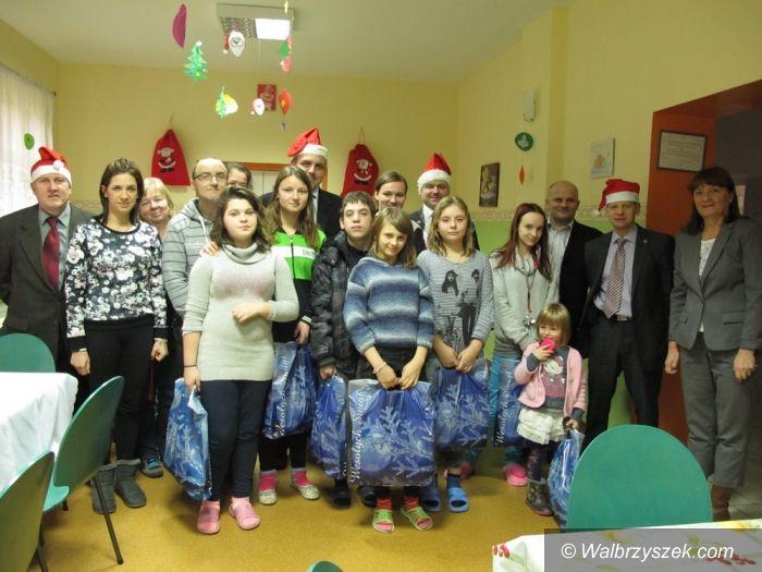Region: Mikołaj w powiatowych placówkach opiekuńczych