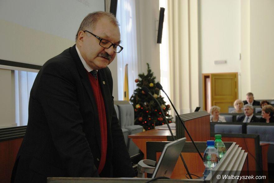 REGION: Budżet Dolnego Śląska na 2016 rok przyjęty