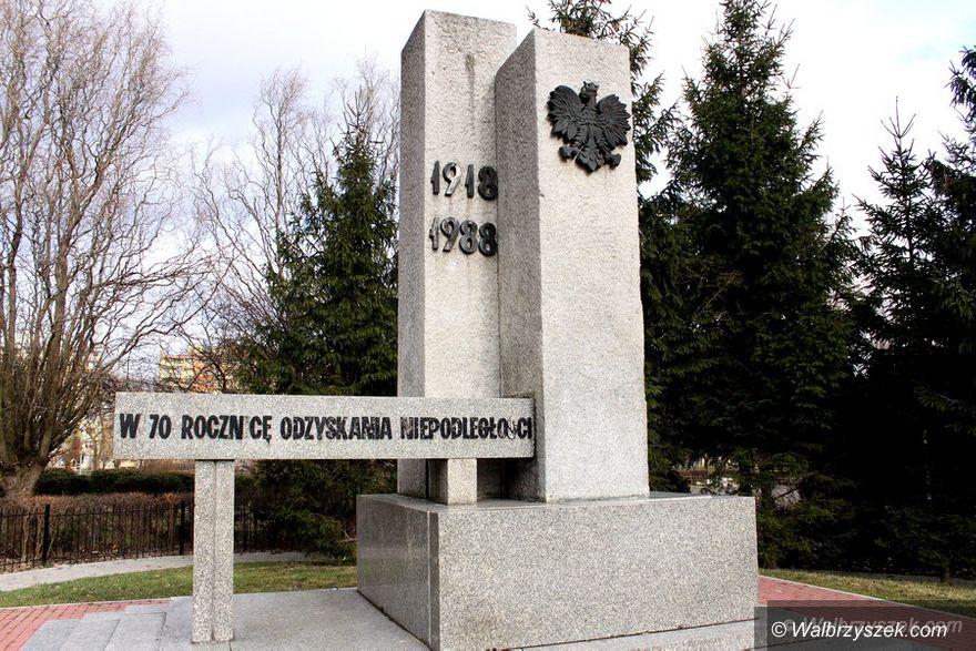 Wałbrzych: Inicjatywa Polska sprzeciwia się wyburzeniu pomnika