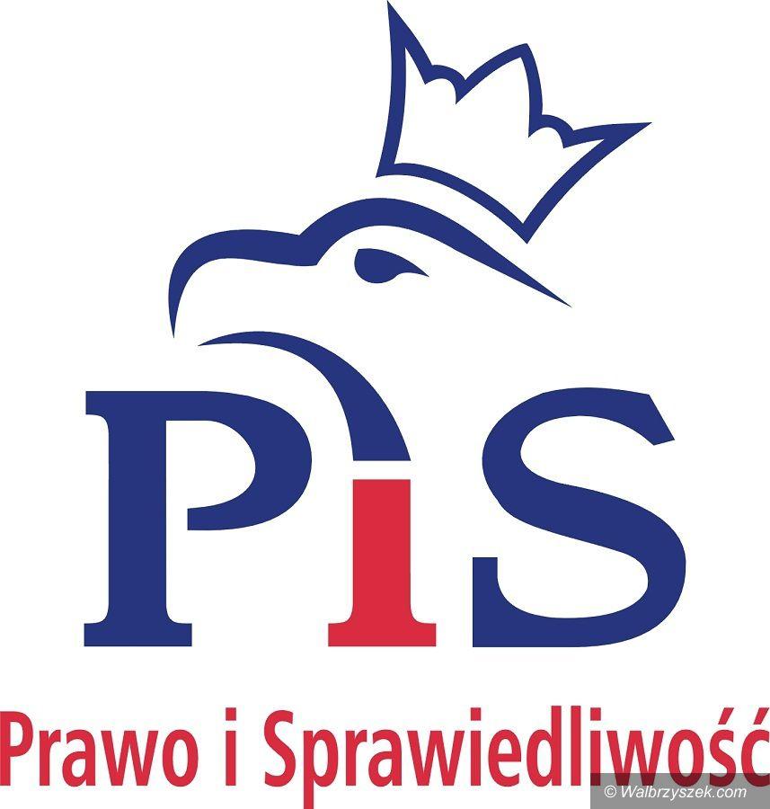 Kraj: PiS traci w sondażu