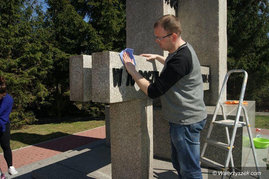 Wałbrzych: Inicjatywa Polska kontynuuje prace związane z pomnikiem Niepodległości