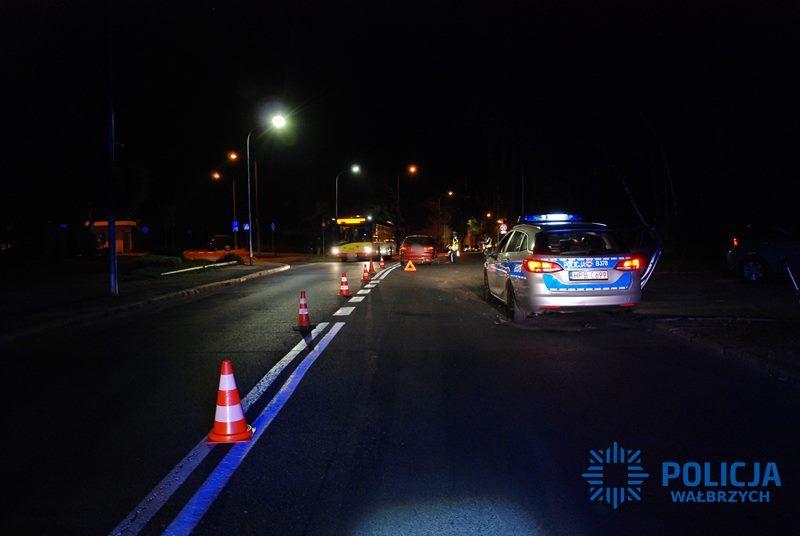 Wałbrzych: Nietrzeźwa 40–latka wjechała w policyjny radiowóz