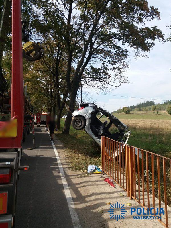REGION, Boguszów-Gorce: Nietrzeźwy kierujący spowodował wypadek drogowy