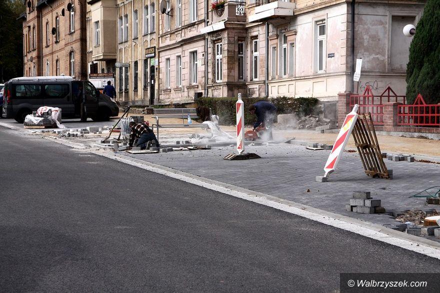 Wałbrzych: Ulica Przemysłowa na ostatniej prostej