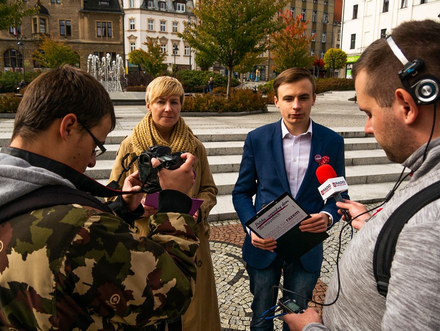 """Wałbrzych: Razem Wałbrzych o odpowiedzialnej polityce senioralnej i akcji """"Idź z seniorem na wybory"""""""