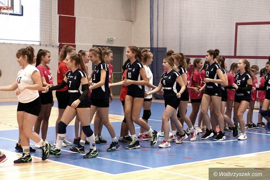 Wałbrzych: Siatkarki Chełmca zaprezentowały się przed nowym sezonem