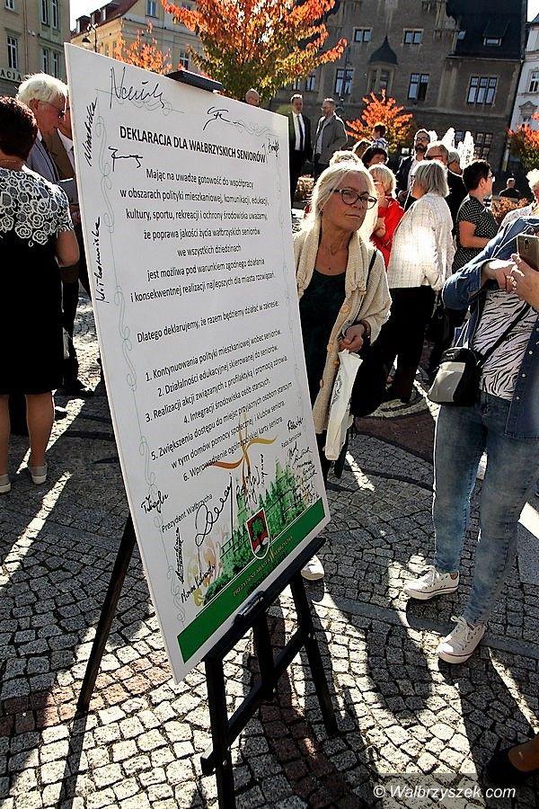 """Wałbrzych: """"Deklaracja dla Seniora"""" podpisana"""